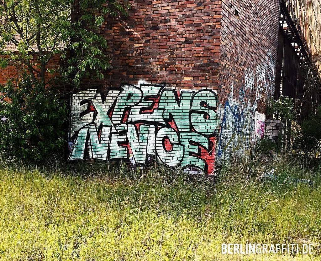 Jwd Berlin berlin graffiti on expensive vice berlin graffiti