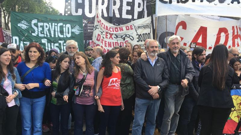 Thousands fill the streets of Buenos Aires just one day ahead of Argentina's midterm congressional elections. #JusticiaPorSantiago