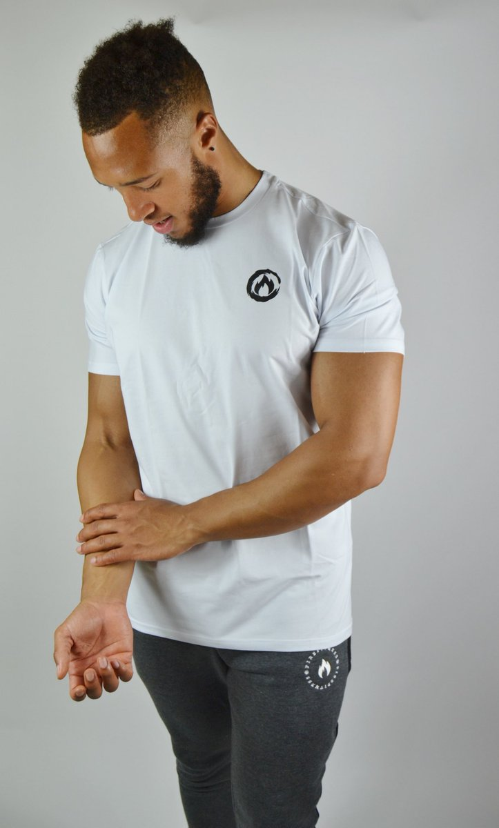 FIREFITNESS: you'll need our white 'Torch' tshirt for your evening gym session. #gym #gymtime #gymflow #fitfam #sportswear #activewear #fit<br>http://pic.twitter.com/ghnWXTNrJw