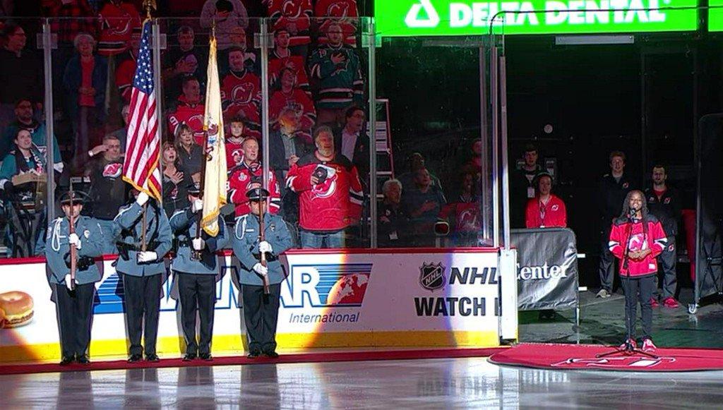 When Teen Singer Stumbles on National Anthem, 14K Hockey Fans Pick Her Up https://t.co/OUvUZ5XxDj