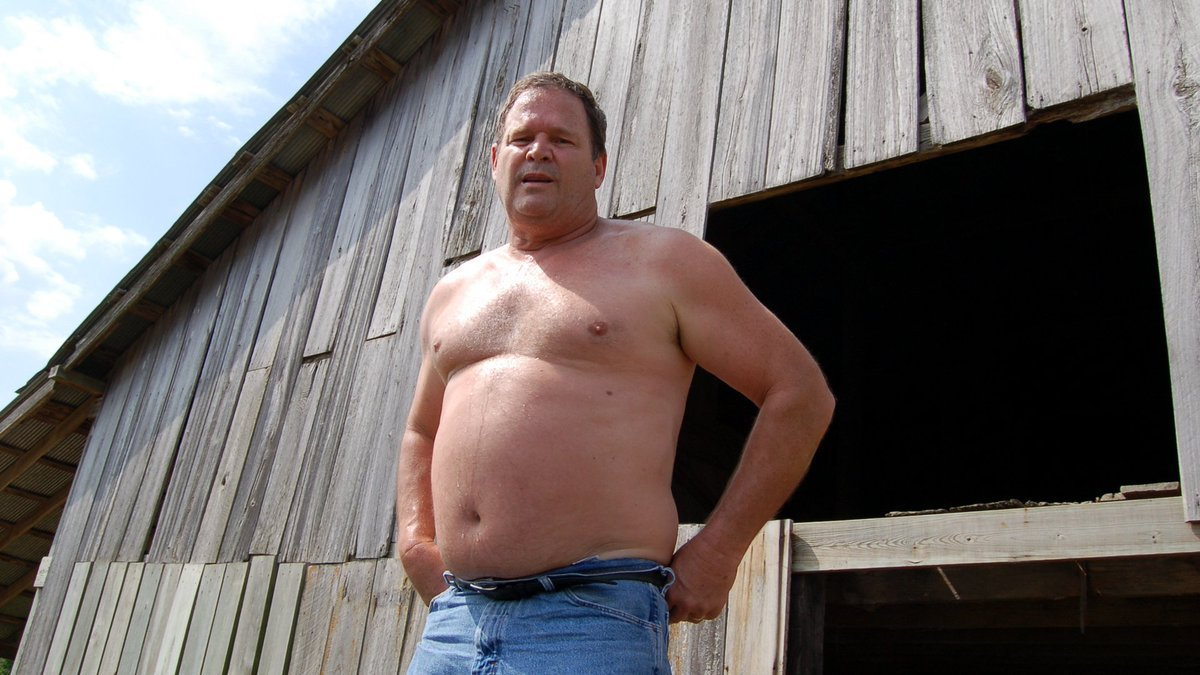LOOK LIKE THIS RANCH HUNK? get MONTHLY SALARY from  http:// ModelingPortfolio.org  &nbsp;   #ranch #bear #farm #dad #man #husband #boyfriend #rancher #work<br>http://pic.twitter.com/120XujIvMu