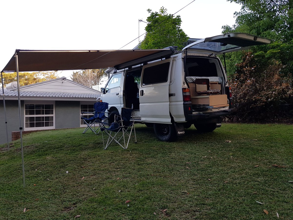 Newly acquired van starting to take shape. Test run over, it&#39;s time to get out there and try #vanlife. Woohoo! <br>http://pic.twitter.com/UBcHRl5kmU