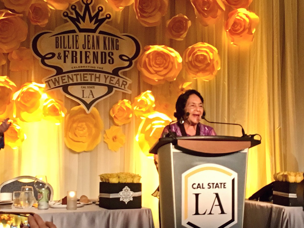 Cal State La On Twitter Legendary Civil Rights Leader Doloreshuerta Speaks After Receiving The Calstatela Presidential Medallion Bjk20