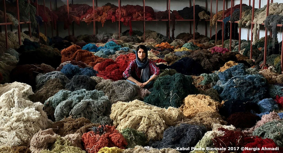 Picture of the Day: Carpet factory worker takes a break: Photo - Nargis Ahmadi #Afghanistan