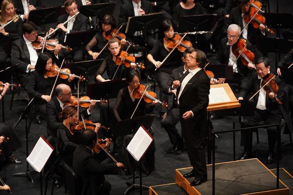 как располагаются в оркестре фото поклонников юнусовой привлекает