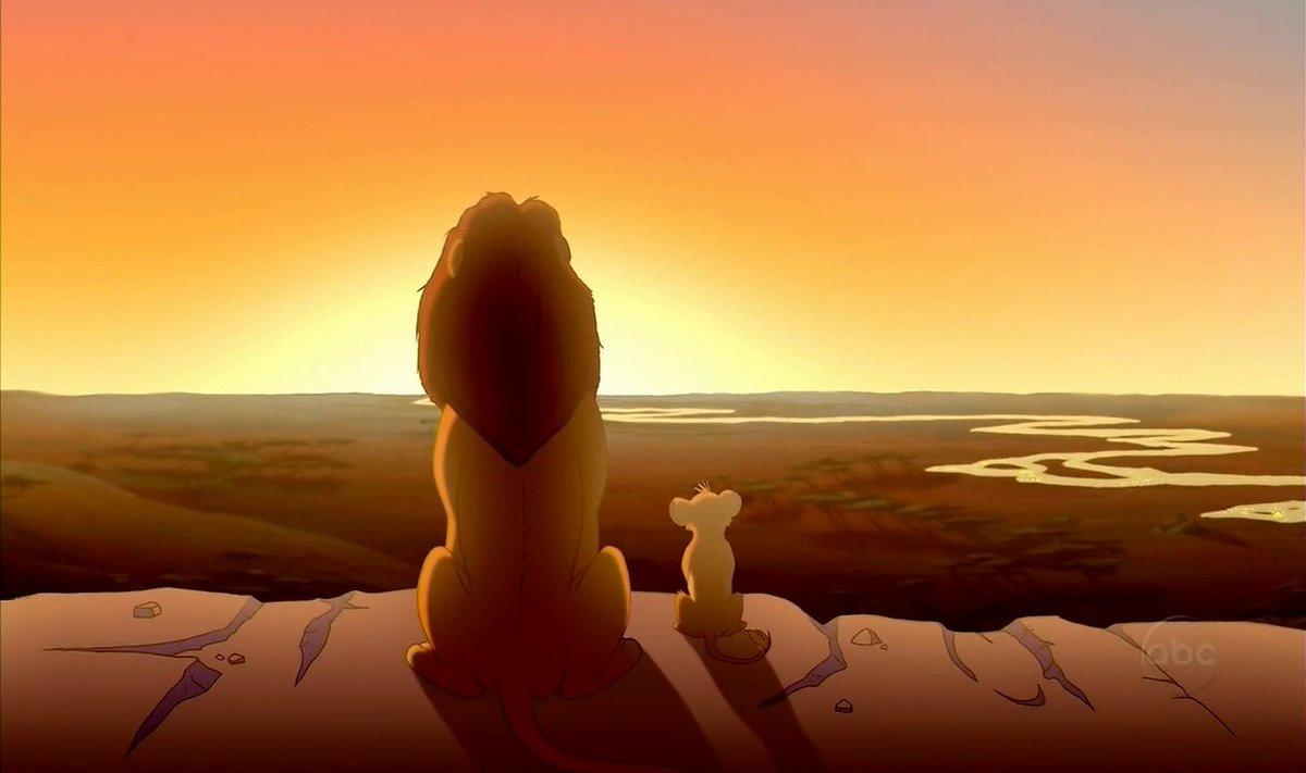 - veja, Simba. tudo que o sol toca é a democracia. - e aquele lugar na...