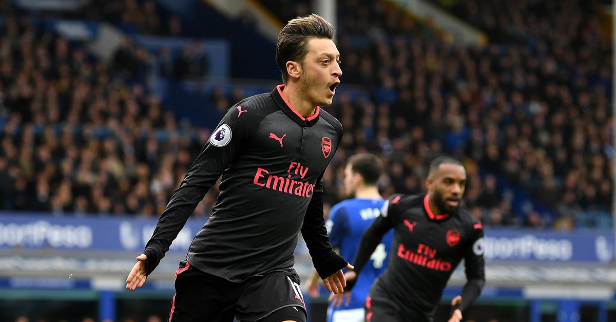 Arsenal were superb today, especially Ozil. Everton were diabolical. https://t.co/vWKf4VD84u