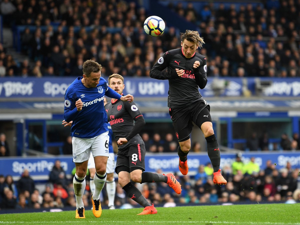 Mesut Özil's game by numbers vs. Everton:  56 passes 50 completed 8 chances created 1 shot 1 goal  Back on form. ✨