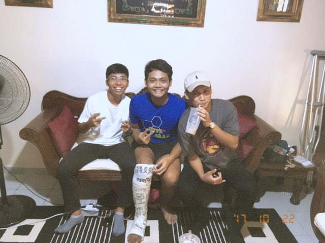 Thanks for koi &amp; coming over  guys #catfish #gilaxsayang @qifays_ @ShaikMdRaziq<br>http://pic.twitter.com/i85rRy1RZO