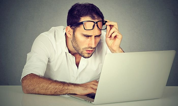 32 Things You&#39;re Doing Wrong With Your Website Design  https:// buff.ly/2gTKy7X  &nbsp;   #WebDesign #WebsiteDesign<br>http://pic.twitter.com/bWXyOXD4CG