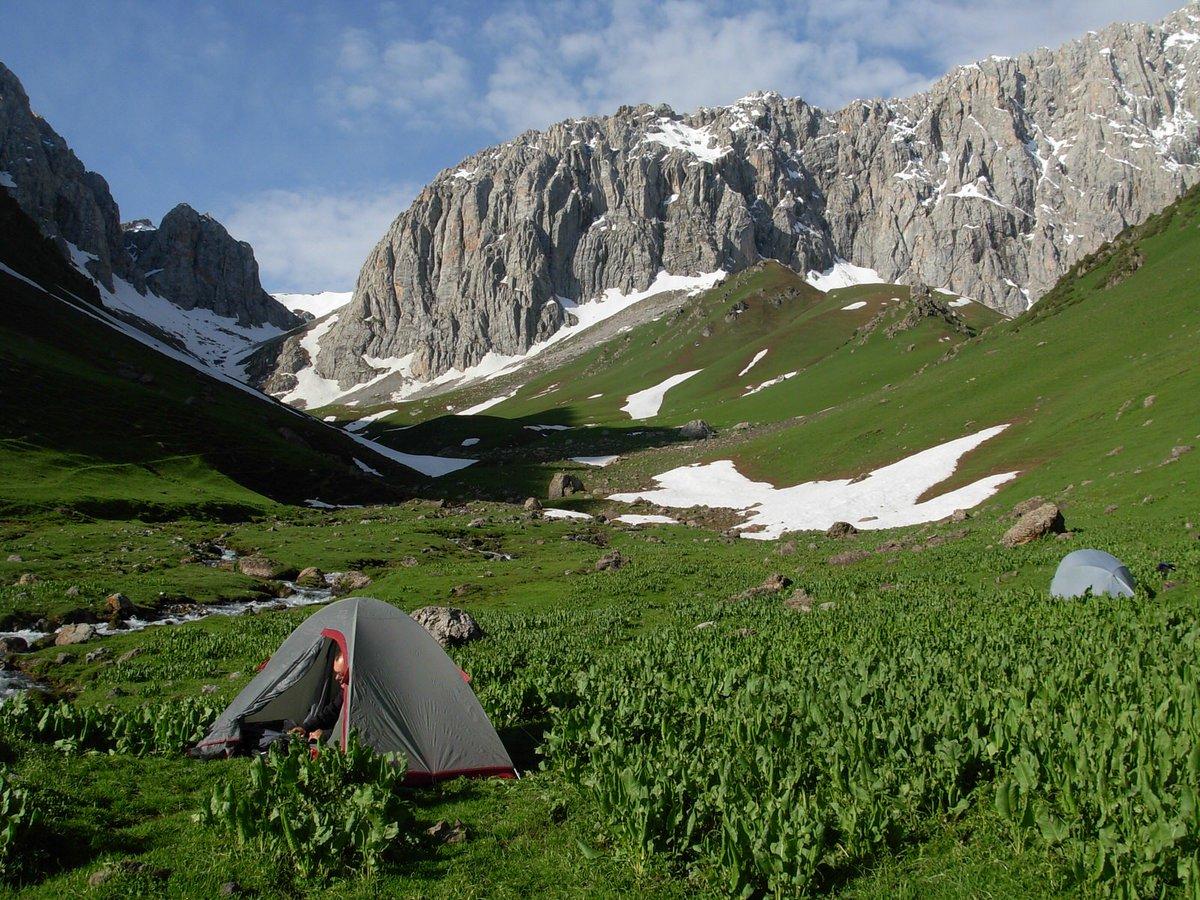 Exploring Central Asia&#39;s trekking utopia, the Alay Valley:  http:// lptravel.to/l2qRfU  &nbsp;   #travel <br>http://pic.twitter.com/7cENBNjJtM