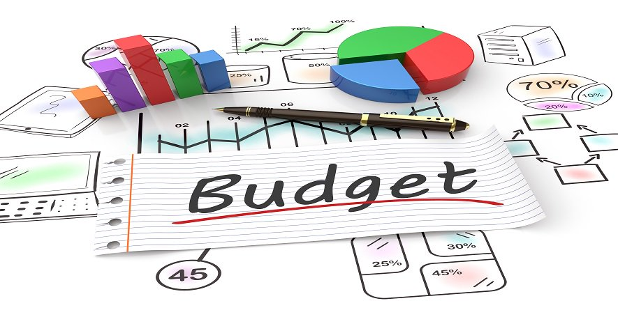 Budgeting: How Much Do I Spend on Marketing ? - Read more at:  http:// ht.ly/22dO30e6se5  &nbsp;   ! #SMM #Strategy #Budget #Tips #CFMGroup<br>http://pic.twitter.com/8pQ4lMN1cO