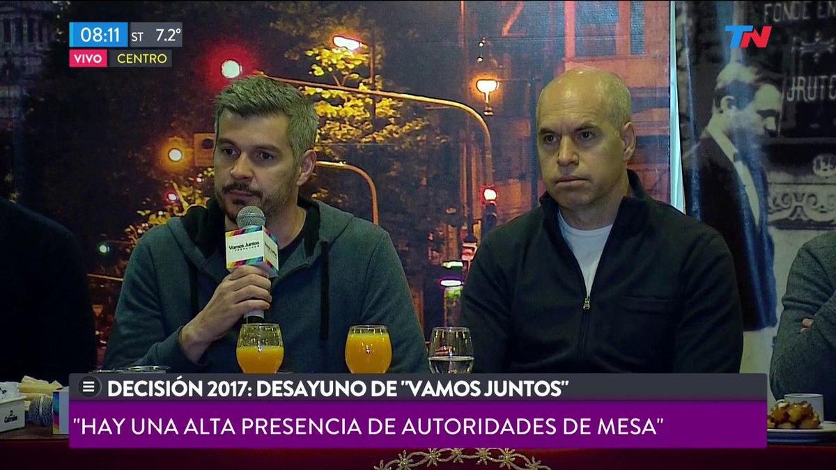 EN VIVO - Marcos Peña: 'Es muy importante que cada uno salga a votar'...