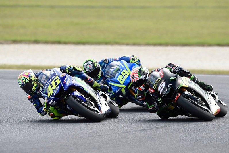"""GP Australia, Rossi: """"Iannone è pazzo, m'è costato la lotta per la vittoria..."""" - https://t.co/LCCVmKrFAF #blogsicilianotizie #todaysport"""