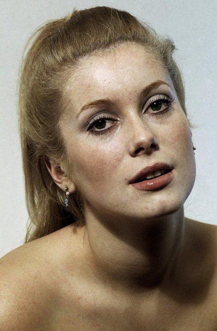 Happy birthday to the insanely beautiful Catherine Deneuve.