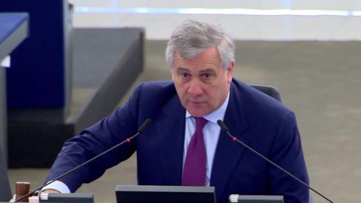 Indipendenza Catalogna, Tajani: 'Nessun Paese Ue la riconoscerà' #Catalogna https://t.co/zOsF0azJ0s
