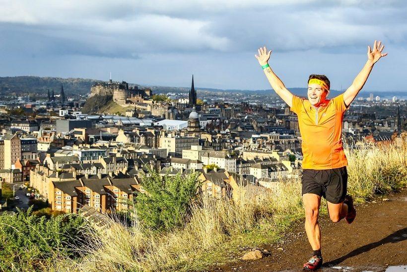 Wow! Watching #UltraTourofEdinburgh runners along our street #LowerGrantonRoad - #Edinburgh&#39;s 1st #ultramarathon - we salute you ! <br>http://pic.twitter.com/Xd1TYwDysj