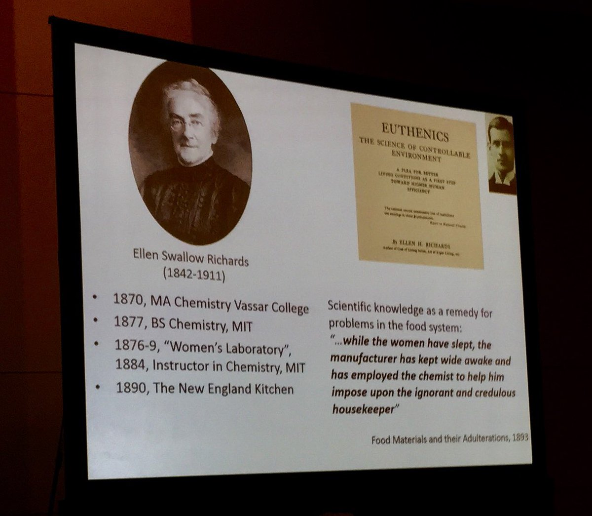 Early engaged female  #scientist asked questions about food  - first echos of modern food debate. #FNCE2017<br>http://pic.twitter.com/eTqgUvP0JA &ndash; à McCormick Place
