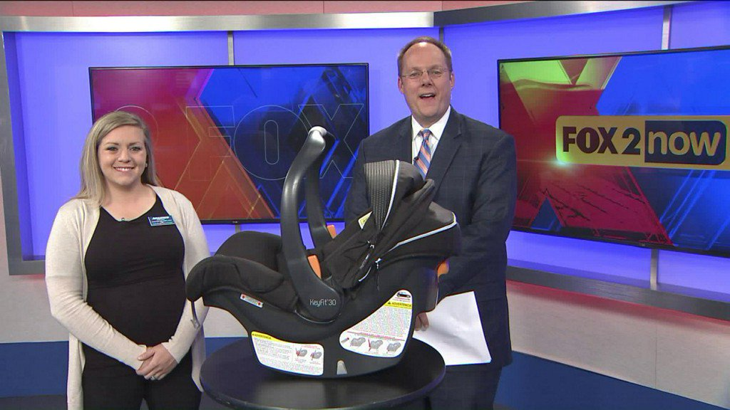 #Howto properly #Life a car #Seat to avoid backinjuries:  http://www. mambolook.com/link/13053075  &nbsp;  ,  http://www. mambolook.com/how-tos  &nbsp;  <br>http://pic.twitter.com/WmEjH1CrwL