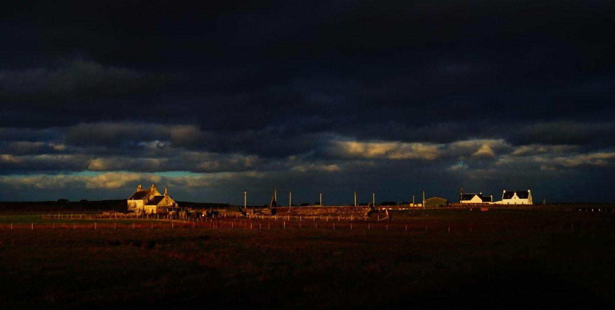 Big skies and wonderful light on Tiree. #Scotland #beautifulScotland<br>http://pic.twitter.com/a8xcDcXZJS