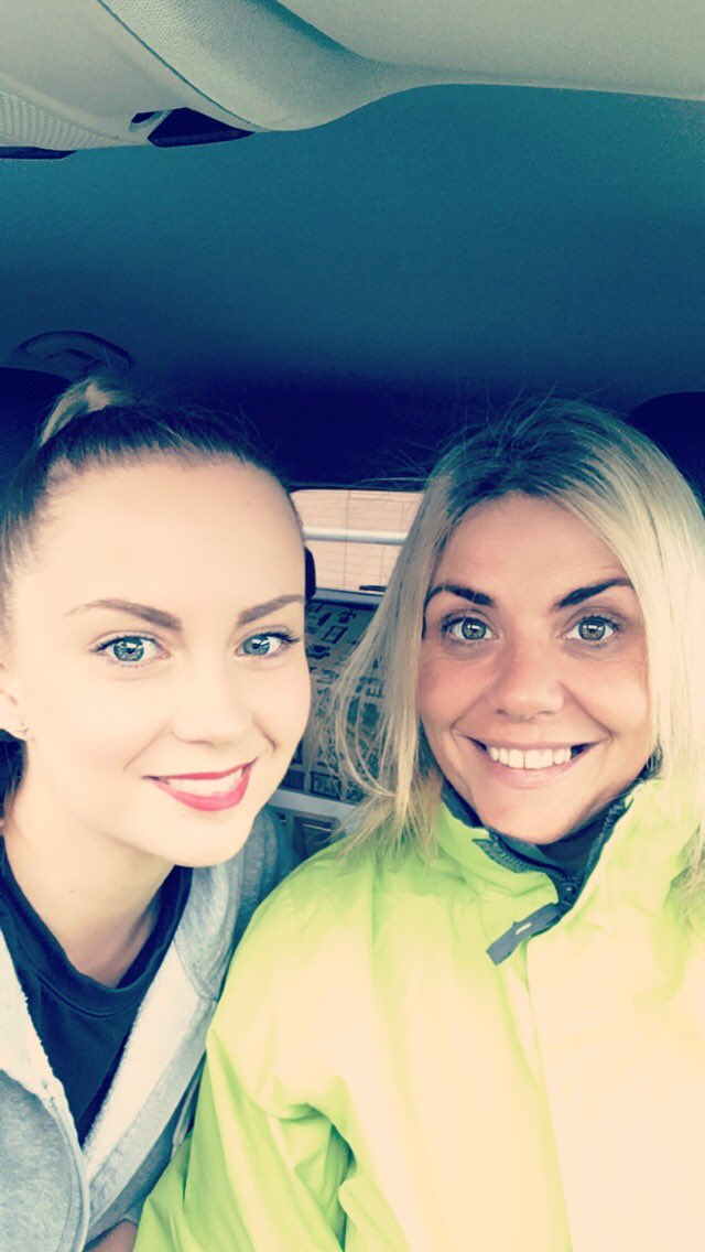 Flintshire #10km #run was simply fab with @SarahfromStoke  looking forwards to the next one already! #onwardsandupwards #race #running<br>http://pic.twitter.com/63VLmHLm9T