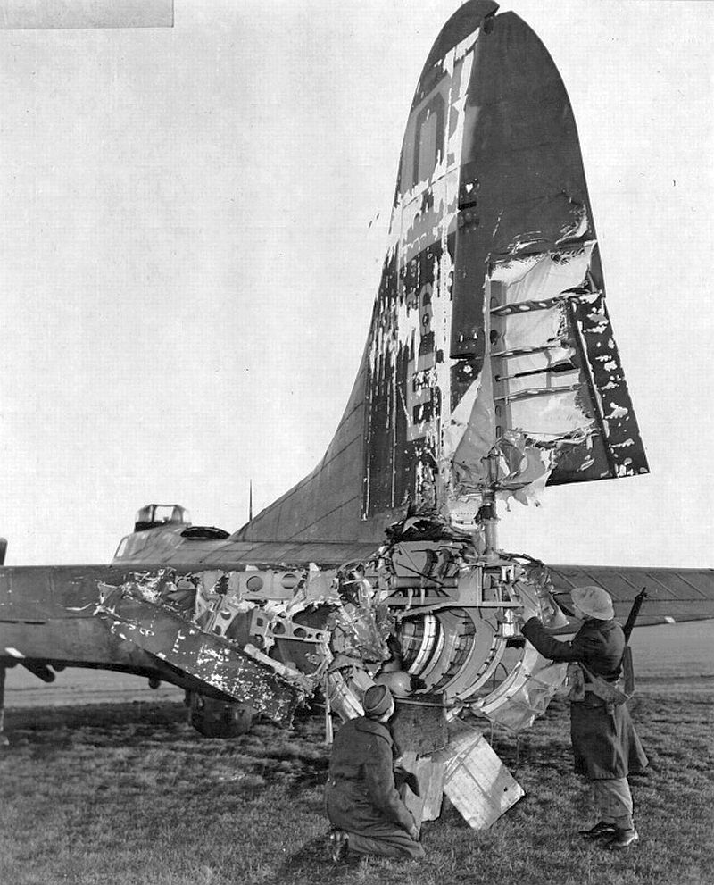 B-17 returned from Frankfurt 1944 after raid. Flak blew rear gunner Roy Urich out. He survived and became a POW <br>http://pic.twitter.com/JBYspD9d5k