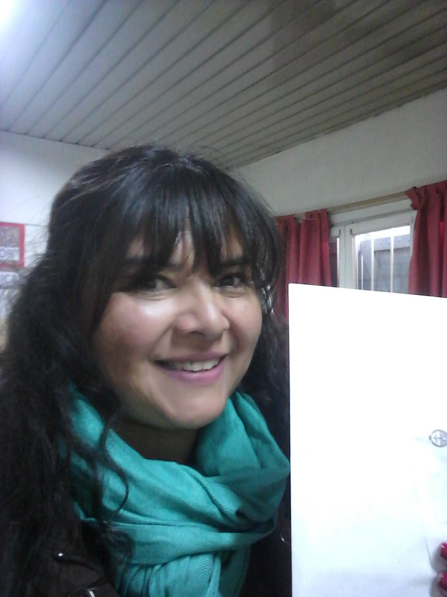 Elections in my country!! I&#39;m voting #Feliz <br>http://pic.twitter.com/b137Xu6B12