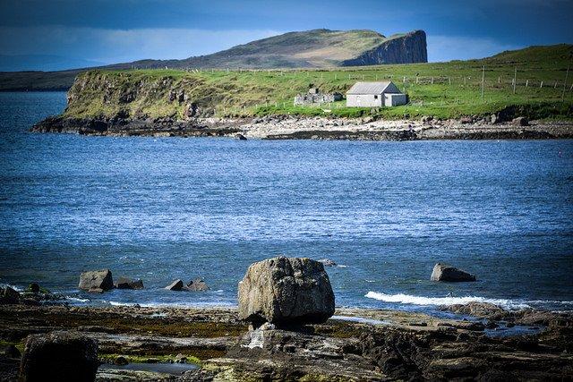 #IsleofSkye #Scotland #image by Rosalind White @roswhitephoto (link:  http://www. rosalindwhitephotography.com  &nbsp;  )  http:// rosalindwhitephotography.com  &nbsp;  <br>http://pic.twitter.com/jFPZdbifOA