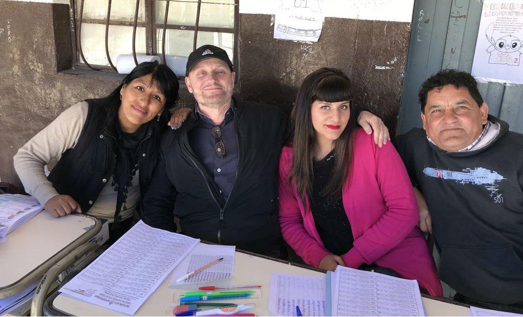 #EleccionesArgentina Ayer ganó un Oscar, hoy @juancampanella es fiscal...