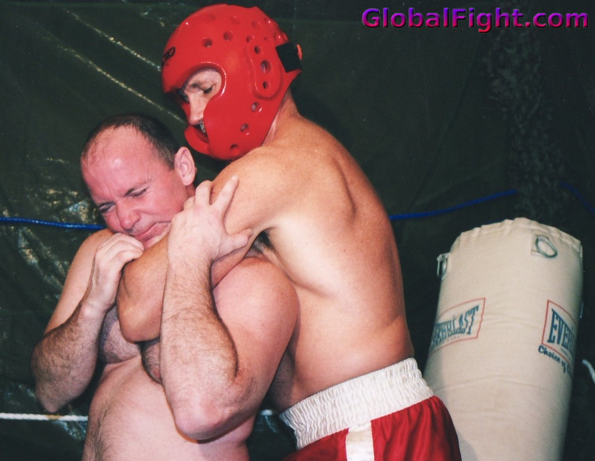 My  http:// GLOBALFIGHT.com  &nbsp;   ufc boxing friend #boxing #man #boxer #dad #fighting #versus #son #brother #garage #wrestling #wrestlers #tough<br>http://pic.twitter.com/33S2rDZlEv