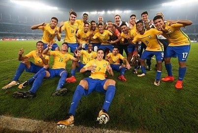 RESPEITA A MOLECADA! A #SeleçãoSub17 vir...