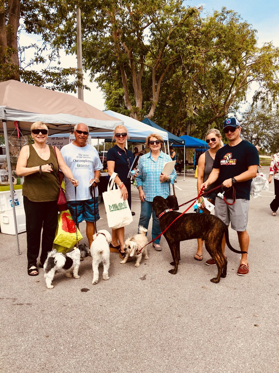 #Farmer #Market #eatfresh #palmettobay #Florida #Momis Here #bring  #pets #exercise #supportlocal #smallbusiness <br>http://pic.twitter.com/LzQkBVeNB0
