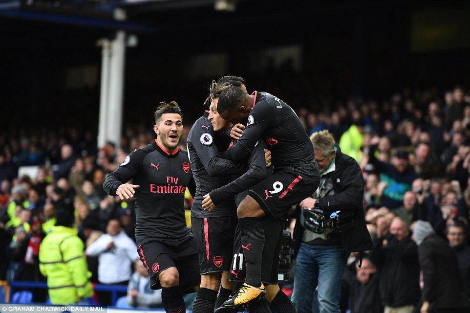 #Arsenal   The first team to score 100 Premier League goals against a single opponent (Everton) <br>http://pic.twitter.com/33uqVpyKec