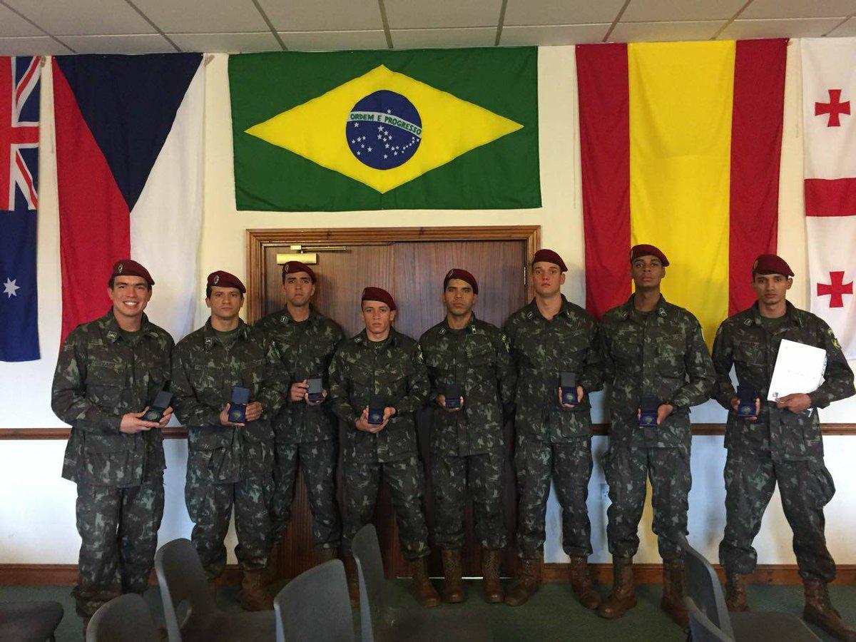Nossa equipe de Comandos/Forças Especiais conquistou a medalha de prata na Cambriam Patrol, no Reino Unido. Parabéns guerreiros!