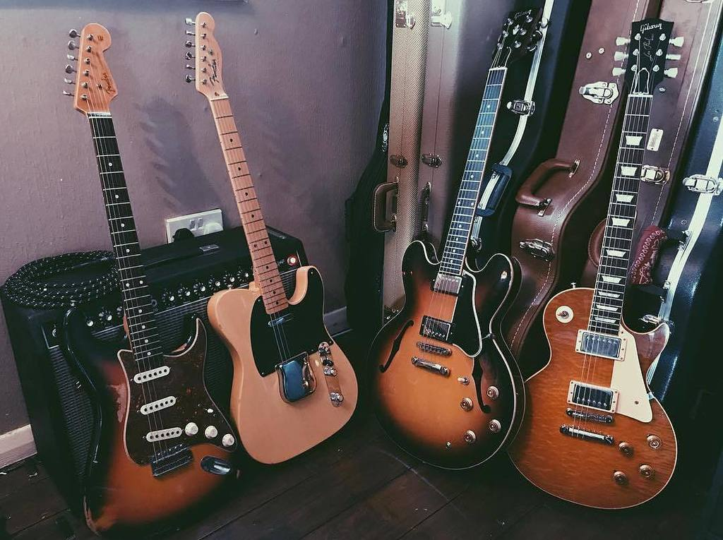 Everything here is good. Every friggin bit of it. @georgephillipsguitar Happy #gibsunday everyone! #gibson #toneth…  http:// ift.tt/2gva1E4  &nbsp;  <br>http://pic.twitter.com/9luHqib4S5