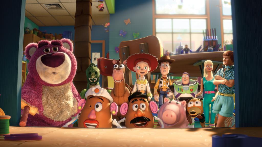 Vos jouets préférés prennent vie ! Retrouvez #ToyStory3 demain à 21h s...