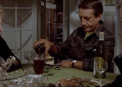 Love how everyone still laughs at Brody pouring himself a pint of wine  #jaws #jawsinconcert<br>http://pic.twitter.com/beoZy7QVl5