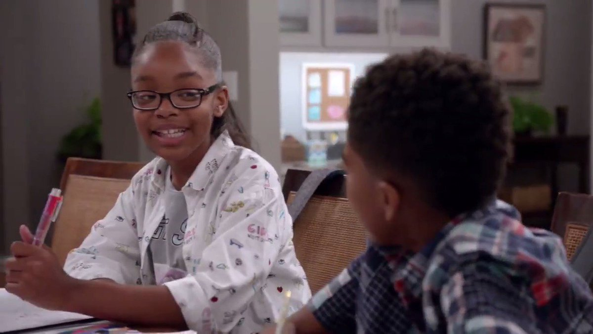 Diane's a lady who can multitask. #blackish https://t.co/GQIzEo2Pn9
