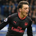 Arsene Wenger was full of praise for Alexis Sanchez and Mesut Ozil after they helped Arsenal to a 5-2 win at Everton https://t.co/RhgEGyZGjB