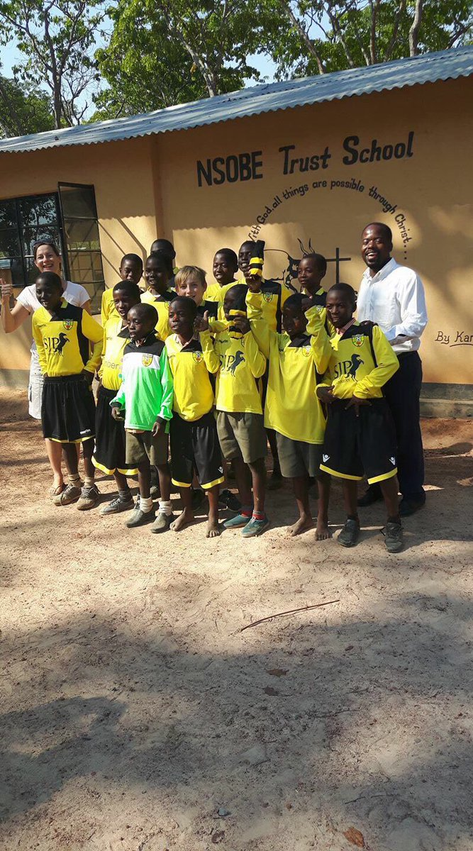 @Isafootballclub kits delivered to Zambia #isa #footballfamily #grassroots <br>http://pic.twitter.com/ApxMMxsWRz