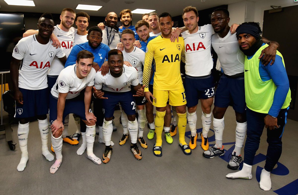 Photos] Tottenham Squad Celebrate In Changing Room After Thrashing ...