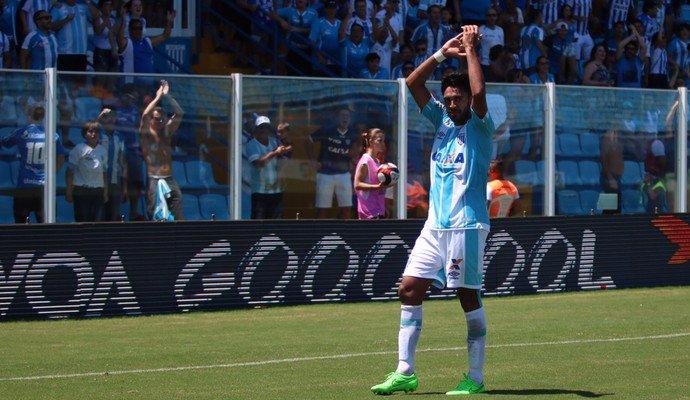 📌 Junior Dutra (29) estava há cinco jogos sem marcar, mas acabou de fazer o seu sétimo gol no Brasileirão.