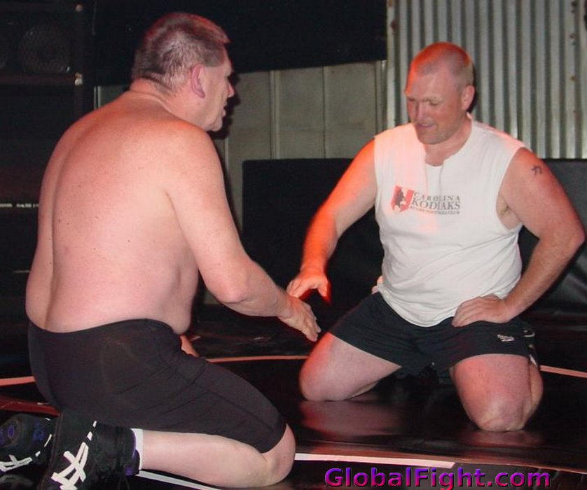 My  http:// GLOBALFIGHT.com  &nbsp;   NC wrestling friend #wrestling #wrestlers #pro #fighting #heavyweight #males #gallery #hunks #husband #dad #bro<br>http://pic.twitter.com/uDI8Xtkl3F