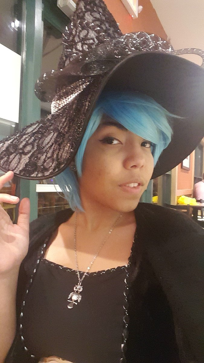 The witch is in~♡  TailsMPH62   #witch #halloween #selfie #feelgood <br>http://pic.twitter.com/2E3f7Aecer