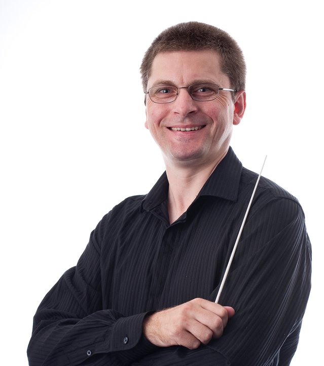 #UQ&#39;s @Warwick_Potter conducts @QYOBrisbane&#39;s Wind Symphony @QPAC on 28/10 from 7PM, part of the 2017 QYO Finale concert. @HASSUQ @UQ_News<br>http://pic.twitter.com/SEy4Rb3TLR