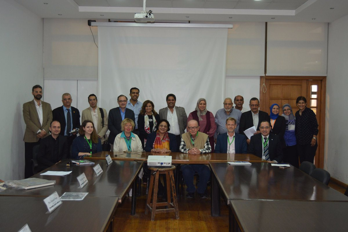 Final report sign off @CairoUniversity! Thanks for your hospitality! #UNESCO-UIA @RIBAEducation @BathArchandCivE @ScottBrownrigg<br>http://pic.twitter.com/o05T9YdjrU
