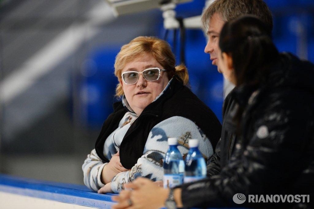 Заслуженный тренер по фигурному катанию