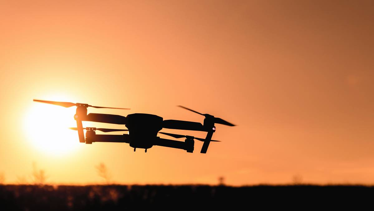 #Drone regulations tightened as numbers and safety concerns increase - Wingham Chron...  http://www. winghamchronicle.com.au/story/5006751/ drone-rules-tightened-in-response-to-safety-concerns/ &nbsp; …  #dronegear #fly #dronevideo<br>http://pic.twitter.com/jHDSa44DNX