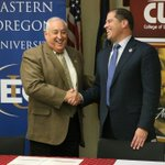.@cwidaho and @eoumountaineers today signed an agreement making it easier for CWI students to transfer to EOU. (CWI courtesy photo)