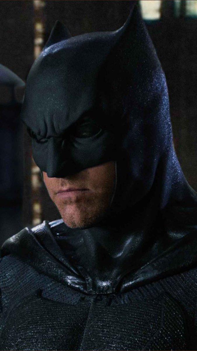 Justice League part 1 de Zack Snyder ( 2017) Finalement ça va se faire ! (avec Josh Whedon aussi!) - Page 6 DN0OD7OWsAYR4gM?format=jpg